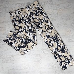 Rafaella Floral Comfort Capri Pants Size 10